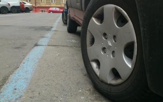 """Modré parkovací zóny? Nosek z ODS je """"zas tak moc nechce"""""""