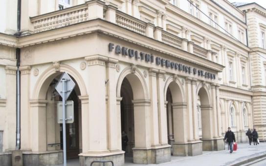 Ministerstvo chce prý zlikvidovat nemocnici u svaté Anny