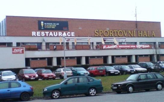 Sportovní hala je na odstřel, kdo na tom vydělá?