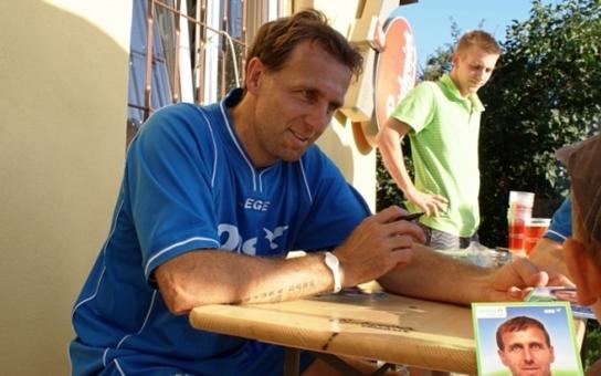 Rošáda v krajském zastupitelstvu: Končí fotbalista Poborský