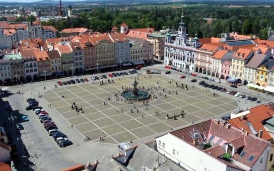 Hodina za 150 korun. Budou mít Budějovice nejdražší parkování v ČR?