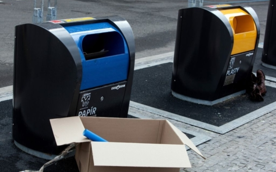 Lidé v Třebíči protestují proti překladišti odpadu
