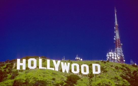 Hollywood se vrací do Čech. Půl miliardy se producentům hodí!