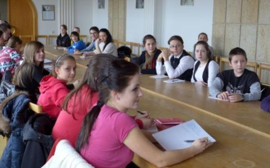 Žáci a studenti získávají peníze pro město Vsetín