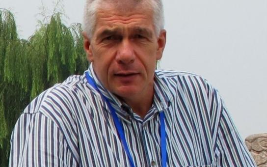 Musí se řešit jen zásadní věci, říká starosta po návratu z Kosova