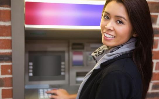 Nechala si ukrást kreditku i s poznamenaným PINem! Přišla o 9 tisíc