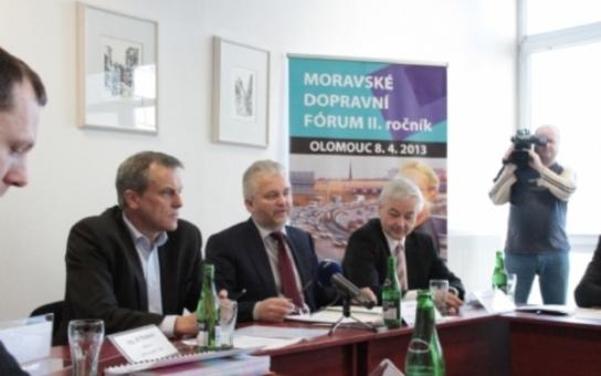 Co pomůže Olomouckému kraji? Stát a kus dálnice