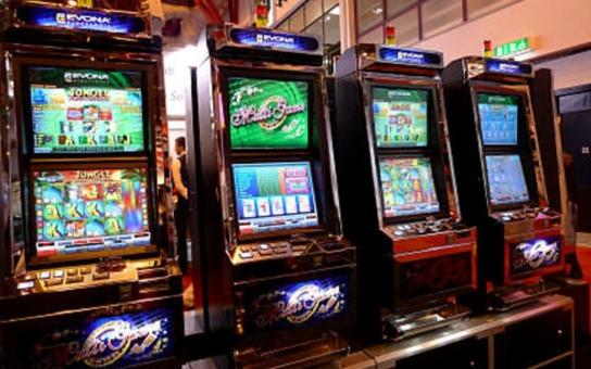 Zruší Tábor stovky hazardních terminálů? Ve hře je 16 milionů