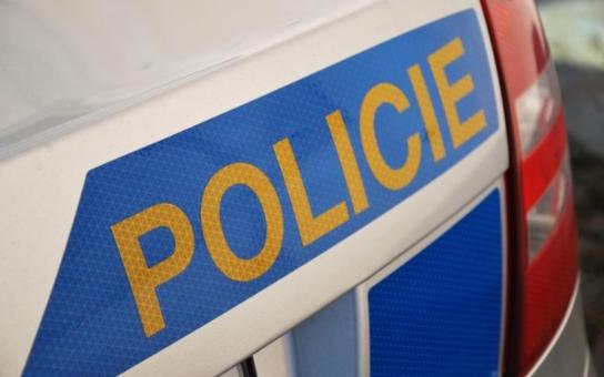 Tragická nehoda u Vestce: Zběsilá jízda stála život tři lidi. Zabíjel alkohol