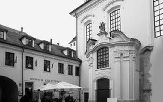 V bývalém kostele sv. Michaela nevěstinec? Proti je i magistrát