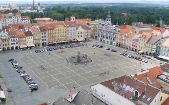 Budějovice řeší, co se sochou Přemysla II. Kam s ní?