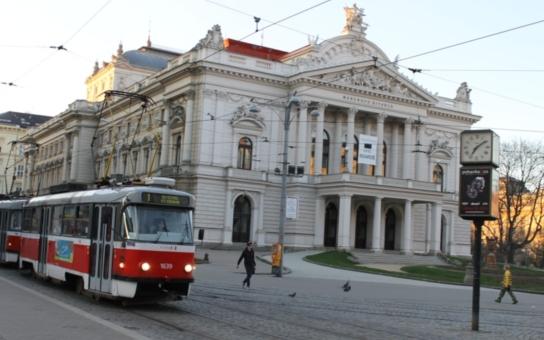 Šaškárna pokračuje, rada opět nejmenovala šéfa Národního divadla