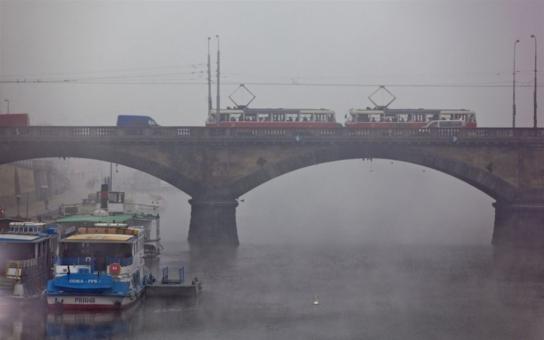 Pozor, o víkendu se bude pracovat na Palackého mostě. Neprojedete