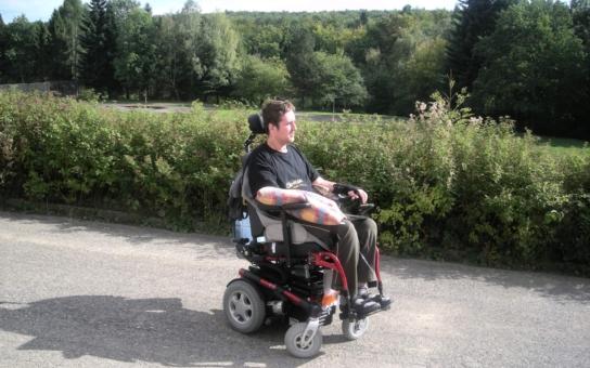 Být handicapovaný je finančně hrozně náročné, říká vozíčkář