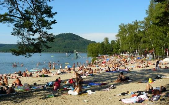 Na Máchově jezeře sice sezóna začala, ale lodě tu stále neplují... To byste nevěřili, kvůli jaké drobnosti