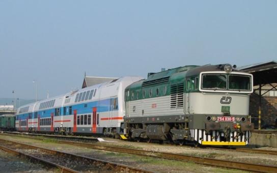 Klady a zápory tří variant přestavby Železničního uzlu Brno má přiblížit nový web. Ten se hned stal problémem uvnitř brněnské koalice