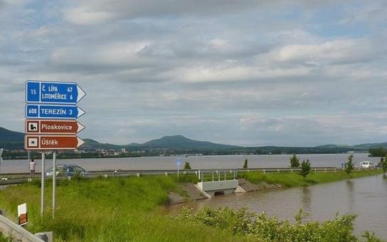 Povodeň 2013 na Ústecku: Jezero u Litoměřic, zatopené Ústí a Děčín