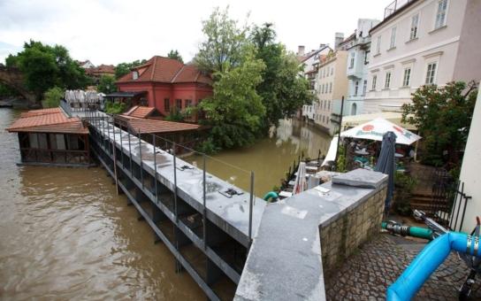 Už zase! V Praze se zavře Čertovka a budou vyklizeny náplavky