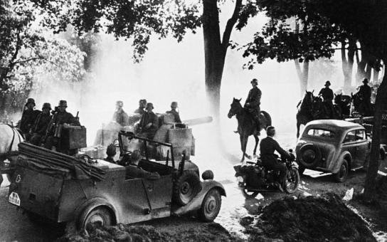 Tradiční sraz vojenských historických vozidel na Zebíně