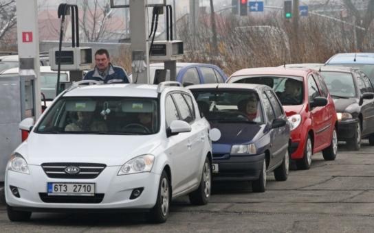 Česko se ekonomicky propadá, Polsko je na vzestupu... Kdo je na vině?!