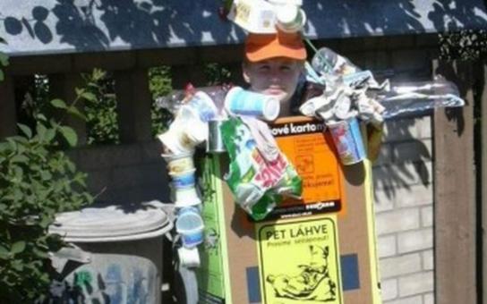 """Karlovarsko nabízí tvůrčí vyžití pro děti vsoutěži """"Hrajeme si s odpadem"""