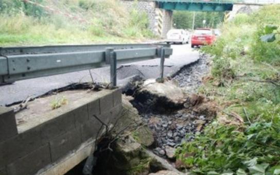 Přívalový déšť způsobil škody na krajských silnicích