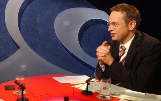 """""""Podivný"""" průzkum v Otázkách Václava Moravce: Nemáte mu  věřit, má jen pobavit"""