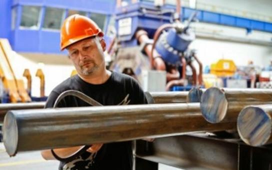 Jihočeské odbory bijí na poplach. Jsme před personální krizí v kovoprůmyslu. Bere ten, kdo nabídne víc. Vracíme  se zpět o tři desetiletí