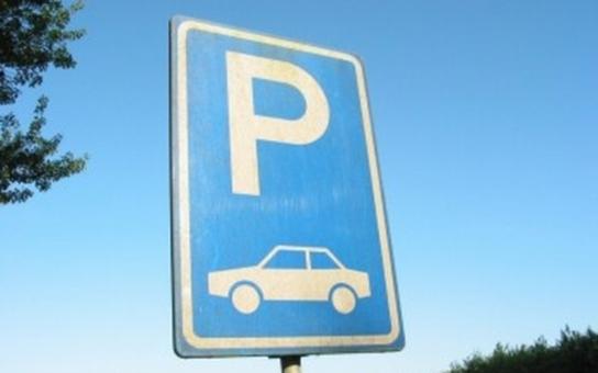 V Mladé Boleslavi začala stavba parkoviště u sportovní haly