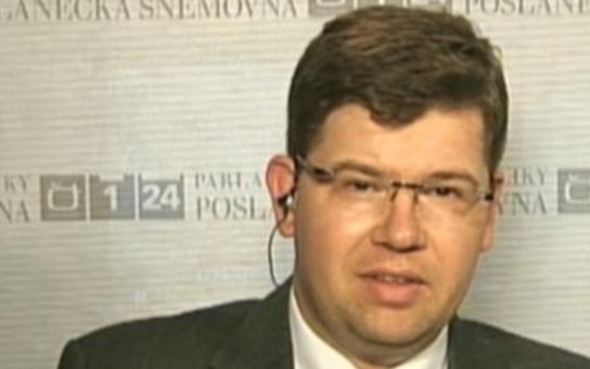 Exministr ODS má prý šílený strach. Jeho kolega nám popsal stav za zavřenými dveřmi