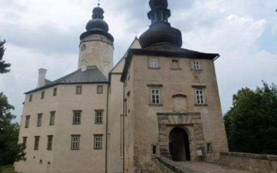 NPÚ mimořádně zpřístupní starověkou věž na zámku Lemberk
