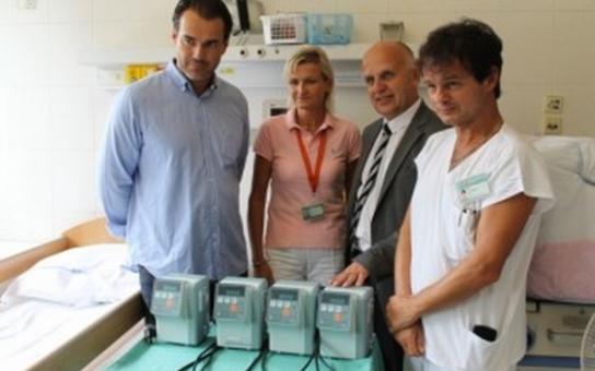 Ze Slovácké benefice dostalo dětské oddělení 100.000 Kč