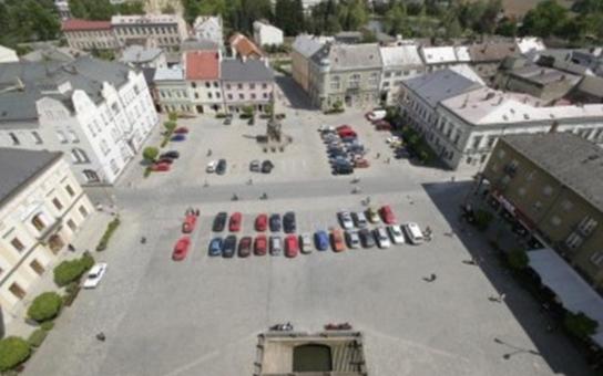 Město Litovel získalo dotace na náměstí a radniční věž