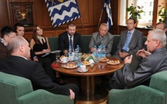 Ministr Koníček jednal v Havířově o systému sociálních dávek