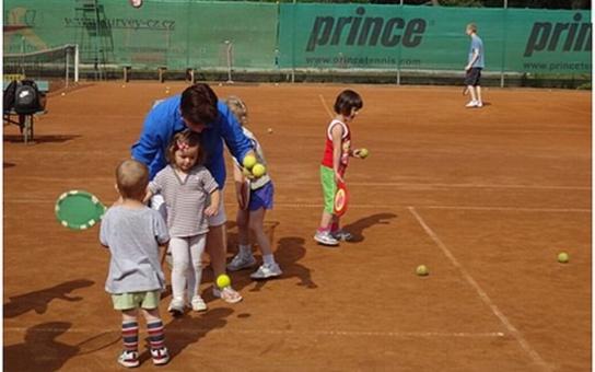 Ústí rozdává dětem šeky za 1600 korun určené na sportování
