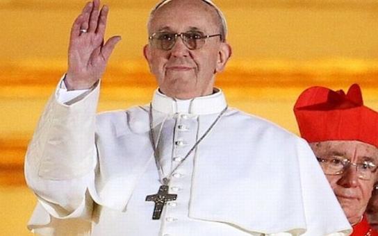 Biskupové vyrážejí za papežem Františkem