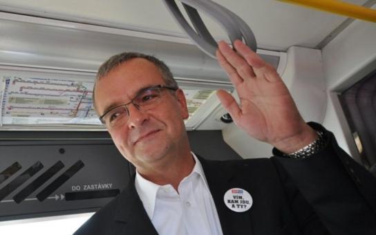 """Kalousek jako symbol """"starých pořádků"""" v pohádce Andreje Babiše o politicích, kteří tak dlouho nemakali a kradli, až je obyčejní lidé smetli… Komentátor o TOP 09"""