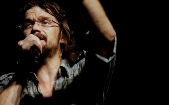 Dan Bárta vyráží znovu na turné, pokračuje ve Vyškově