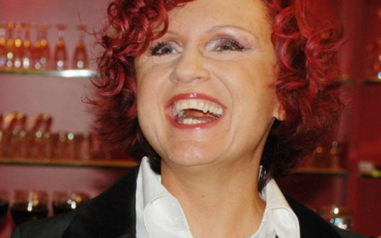 Na městském plese v Třešti bude zpívat Petra Janů