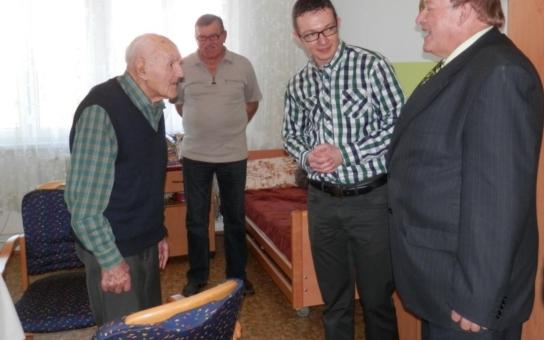 Nejstarší občan Borska na Tachovsku vzpomíná: Četník, to byla prestiž a byl z něj respekt. Copak policajti…