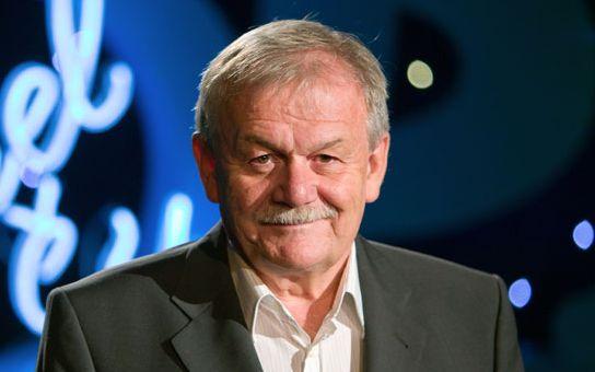 Karel Šíp bere za Všechnopárty 400 tisíc měsíčně. Prý chce víc