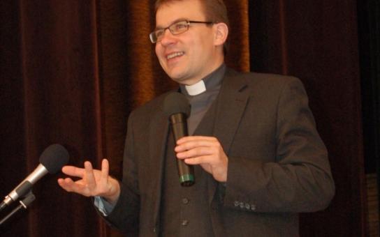 Odpudivý, arogantní katolík v ČT! Navíc lže, hodnotí expert. Co by tomu řekl papež František, ptá se