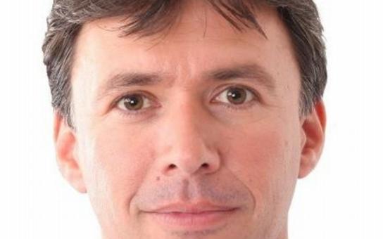 """""""Odevšad je sem daleko, krachlo lázeňství i sociální dávky!""""  Na Zlínsku mají nového senátora z KDU-ČSL. Proč porazil ódéesáka?"""