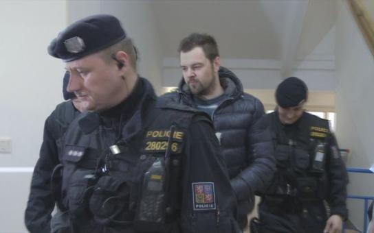 Novináři rozesmáli matku Petra Kramného. Ta jim sdělila veledůležitou záležitost