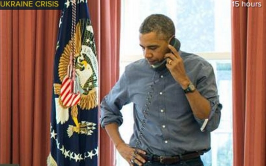 Obama mluvil s Porošenkem. Kvůli ruskému konvoji s humanitární pomocí. V obklíčených oblastech lidé Kyjev proklínají