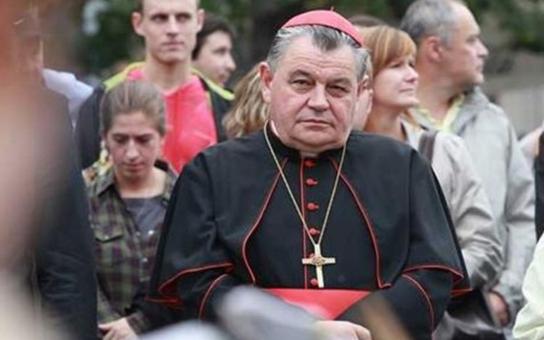 Kardinál Dominik Duka stráví 17. listopad v Liberci. S chartisty odhalí tramvajovou zastávku. Má společný osud s buřičem