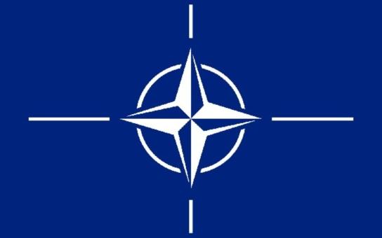 NATO je prý největší mírovou organizací budoucnosti. Co má na svědomí? A v čem vám možná lhali?