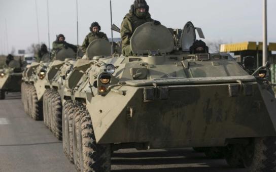 Střelba mezi paneláky na Jižním městě. Armáda hodlá reagovat na ukrajinskou krizi