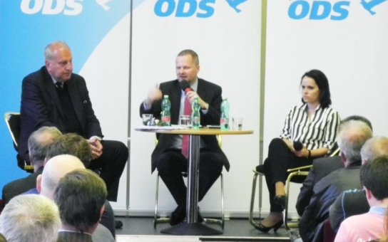 Tošenovský v Ostravě: 90 procent členů ODS nikdy nevidělo paní Nagyovou, přesto pořád řeší její kabelky. To je na palici