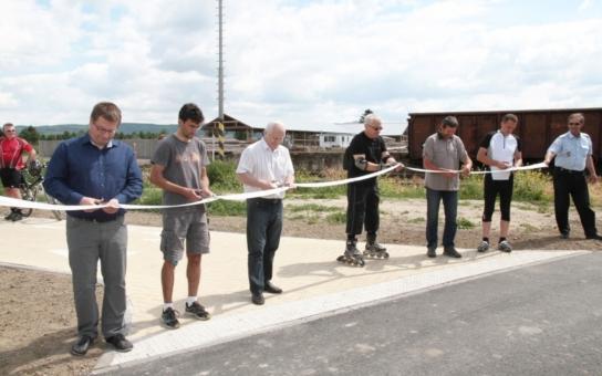 Primátor otevřel cyklostezku propojující Olomouc a Šternberk. K dispozici kolařům je už i poslední část